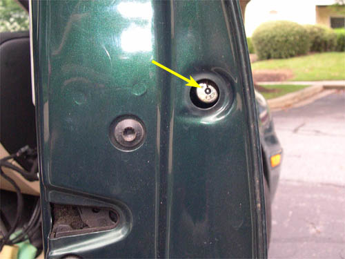 98-05 MK4 GOLF / BORA - REPLACING THE FRONT DOOR WINDOW REGULATOR CLIPS