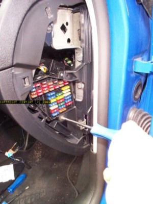 4x6DCP05138 cruise inside 1999 renault megane 1.6 fuse box location at panicattacktreatment.co