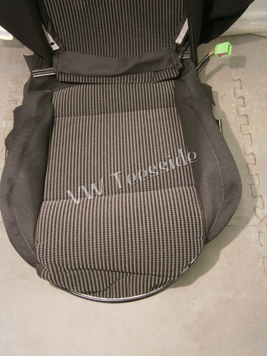 Genuine Vw Mk4 Golf Recaro Base Seat Cover Rd 3mm